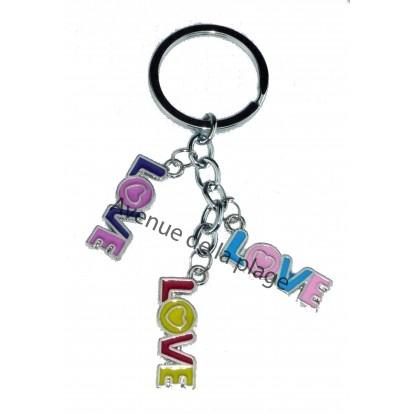 """Porte clefs charms """"Love"""" - Idée cadeau St Valentin - Modèle A."""