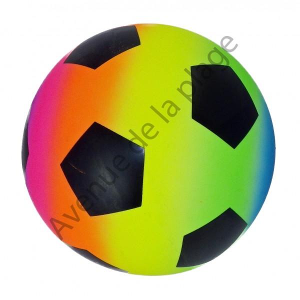 ballon de football multicolore en plastique pas cher avenue de la plage. Black Bedroom Furniture Sets. Home Design Ideas