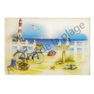 Planche à découper : La plage et le vélo