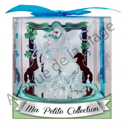 Figurine cheval cabré en verre