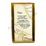 "Plaque message ""Papa"""