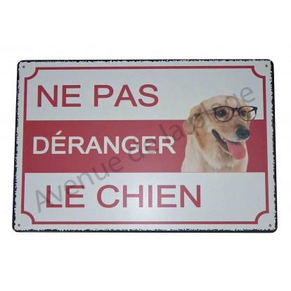 """Plaque humoristique """"Ne pas déranger le chien"""""""