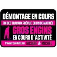 Plaque de porte Jacquie et Michel - Démontage en cours