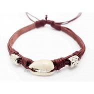 Bracelet cuir et coquillage