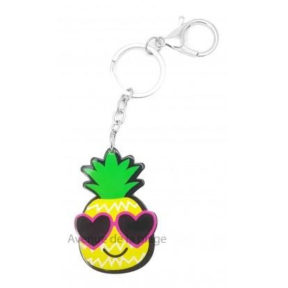 Porte clés ananas avec lunettes de soleil