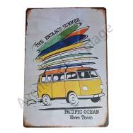 Plaque vintage Van de surfeur et planches de surf