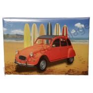 Magnet 2 cv sur la plage et planches de surf