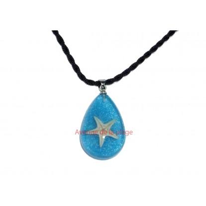Pendentif, collier avec véritable étoile de mer bleu.