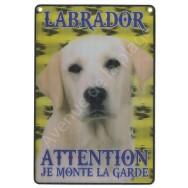 Plaque 3D Attention je monte la garde - Labrador beige.