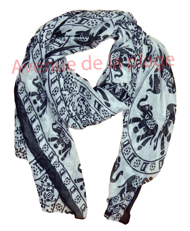 Foulard Peace and Love pas cher - Achat Vente - Avenue de la plage 17d58da84d8