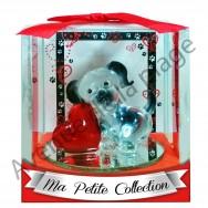 Figurine chien avec coeur en verre