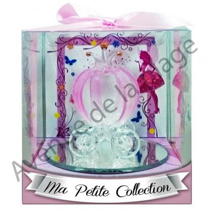 Figurine carrosse de princesse en verre