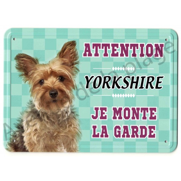 pancarte m tal attention au chien yorkshire. Black Bedroom Furniture Sets. Home Design Ideas