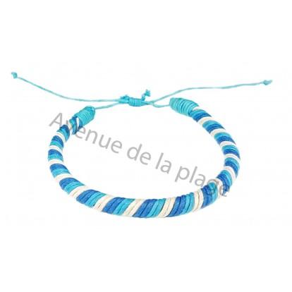 Bracelet brésilien rond bleu et blanc.