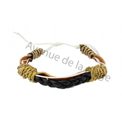 Bracelet plat en cuir tressé
