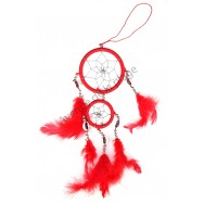 Dream catcher rouge avec coquillages.