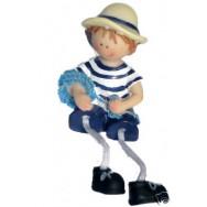 Figurine enfant en habits marins 7 cm : garçon avec une corde